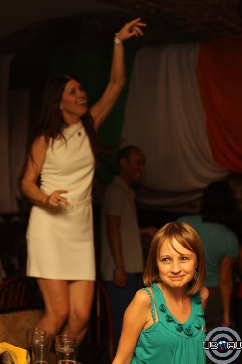 Танцы вторым ярусом)