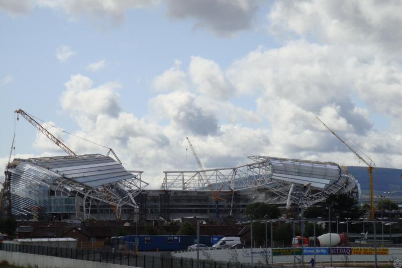 """Строительство стадиона """"AVIVA"""""""