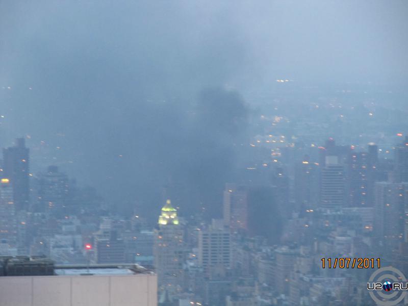Пожар в самой большой синагоге в Нью Йорке (вид с Рокфеллера)