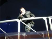 Bono look at me=))